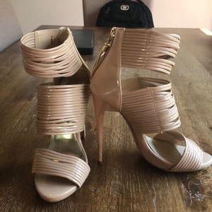 Patent strappy stiletto sandal 👡